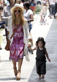 Rachel Zoe Shopping With Her Family