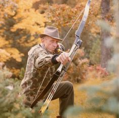 Fred Bear& 10 Commandments of Hunting Bow Hunting Tips, Big Game Hunting, Archery Hunting, Hunting Season, Hunting Gear, Hunting Stuff, Archery Bows, Traditional Bow, Traditional Archery