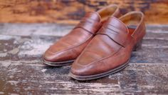 http://chicerman.com  dandyshoecare:  Your shoes are a sort of a business card. Do not neglect this important aspect of the look. Please ask Dandy Shoe Care to turn your shoes into a great example of true class and distinguished elegance.  #menshoes