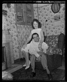 Saint Helens, Family Album, Back In The Day, Digital Image, Plate, Memories, Black And White, Woman, Couples