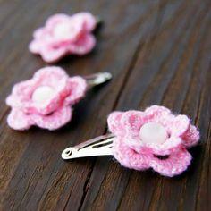 Hair clips free crochet pattern