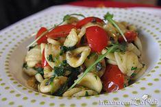 la ricetta delle orecchiette con la rucola è una ricetta pugliese che viene preparata in molte varianti. La mia versione orecchiette rucola e pomodorini