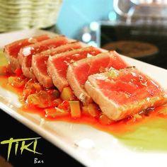 TIKI (PLAYA BLANCA | LANZAROTE) #tuna #tataki #canarias #homenade #lanzarote #goodfood #cannyfood #playablanca #tiki - www.cannyfood.com by cannyfood_lanzarote