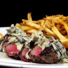 FILET WITH MUSHROOM CREAM SAUCE AND FRENCHFRIES