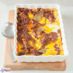 South African Bobotie casserole - This South African Bootie casserole is spicy, fresh and aromatic. A delicious recipe for autumn when the weather gets colder.
