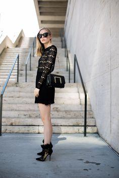 Black lace | Fashion Squad