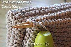 Knitted Floor Mat -  with braided cotton clotheslines; http://www.craftpassion.com/2013/06/knit-floor-mat.html/2