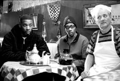 """GZA, RZA and Bill Murray on the set of Coffee and Cigarettes. """"Are you a bug, Bill Murray? Bill Murray, Legendary Pictures, Coffee And Cigarettes, Jane Russell, Wu Tang Clan, Mae West, Gene Kelly, Film Serie, Dita Von Teese"""