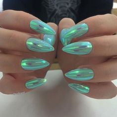 Glimmer of Green - These Holographic Nails Will Give You Major Nail Envy - Photos