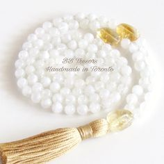 Set new intentions for yourself with these one of kind yoga inspired Malas ~ Namaste! 🙏🏻
