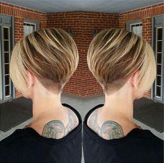 Kurzhaarschnitt mit Swoopy Bangs - kurze glatte Frisuren