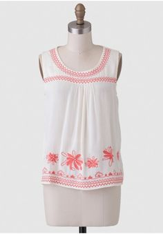 Wicker Park Embroidered Top | Modern Vintage Clothing | Ruche