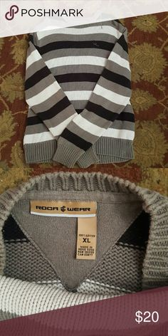 Roca wear sweater XL Roca wear XL sweater great shape, very comfortable. roca wear Sweaters