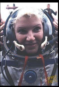 Yelena Ivanovna Dobrokvashina cosmonaut (born Moscow)