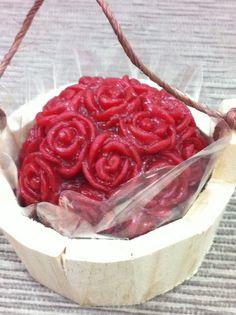 Bouquet flores vermelhas em sabonete