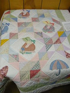 Collinsville Quilt Walk 2010 Part 1 - Sabrina's Blog  Love the setting This pattern use to be a free down load for Keepsake quilting. Glad I down loaded years ago