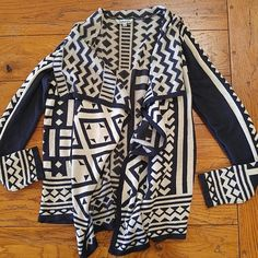 Final price! Aztec Flowy Sweater Navy and cream Aztec sweater. Very very light piling. Worn once. Two small defects shown in picture Nostalgia Sweaters Cardigans