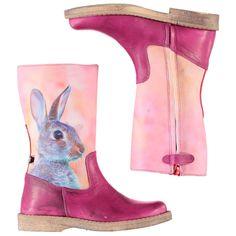 Roze leren 'used look' hoge laarzen met een 'Bunny' fotoprint op de buitenkant van de schacht van WILD Winter 2014/2015