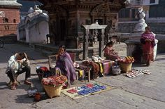 NP183927 Nepal Pashupatinath Kathmandun laaksossa 1995 Bhutan, Nepal, Fair Grounds