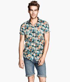 tendencias-camisa-hombre-verano-2014-camisa-floreada-h&m