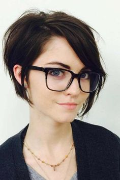 Really Cute Short Hair Cuts and Hairstyles ★ See more: http://glaminati.com/cute-short-hair-cuts/