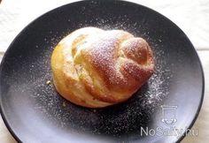 Vaníliás pudinggal töltött briós  http://www.nosalty.hu/recept/vanilias-pudinggal-toltott-brios