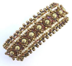 A bracelet from the pattern of the genius of sparkly things, Sabine Lippert.