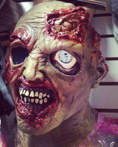Nuevas máscaras con efecto en app móvil... ¡Conócelas todas! Solo en Cochinaditas  #HalloweenEnCochinaditas #CochinaditasElHitDeTuFiesta #Halloween #MáscarasDeHalloween  #Zombie