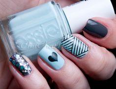 Fun-Nail-Art-Designs-Picture-Blue-Heart-Rhinestone