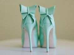 Tiffany blue bow heels must have these in my life.