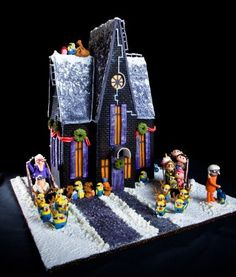 National Gingerbread Contest | The 2011 National Gingerbread House Competition attracted hundreds of ...