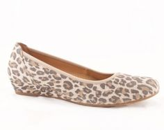 Chester in leopard print by Gabor, little low wedge up to size 11