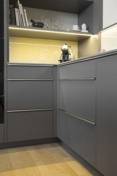 Hochglanz Fronten: 5 Ideen Und Inspirierende Bilder Mit Küchen In  Hochglanz Optik | Bench Designs, Kitchens And Haus