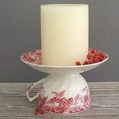 Simply GLUE the cup to the saucer for a DIY Candle Holder. A GREAT way to use Old or Chipped China. The THRIFT STORES are full of them. I love how the cup handle automatically becomes a handle for the carrying of a candle too. Best Candles, Diy Candles, Pillar Candles, Diy Candle Ideas, Diy Projects To Try, Craft Projects, Craft Ideas, Teacup Crafts, Teacup Candles