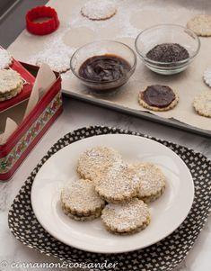 Mohn Marzipan Kekse mit Zwetschgenmus - ein besonderes Weihnachtsplätzchenrezept