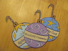 Free Printable Names of Jesus Ornaments. These make a great Names of Jesus Advent countdown. Our free Christmas crafts and printables are perfect for homeschool and sunday school. Advent Calendar Activities, Christmas Activities, Christmas Jesus, Christmas Holidays, Christmas Names, Christmas Ideas, Christmas Tree, Holiday Crafts, Holiday Fun