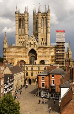 Lincoln Cathedral - Lincoln, England. One of my favorite places.   ♥