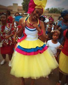 The ever gorgeous Mrs Setati! Alilililili o  a sareng shate wa duma  #Makgopalekgomotso #mantatiwedding #sepedi #sepedibride #sepediwedding #weddingthings #magadi #magadithings