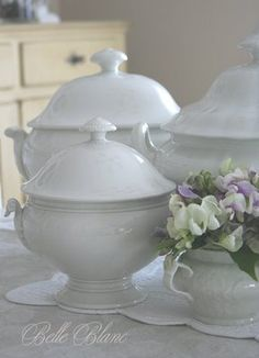 BELLE BLANC: Soup Tureens