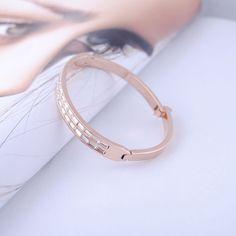 Cartier Bracelet, Diamond Bracelets, Bangles, Silver Diamonds, Women's Accessories, Fashion Beauty, Rose Gold, Sterling Silver, Lady