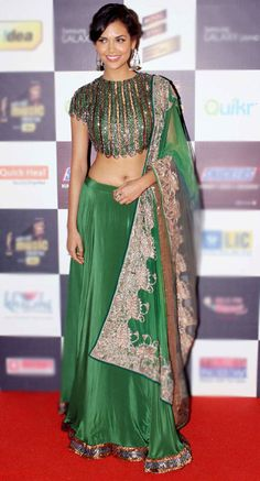 Esha Gupta at a star-studded music awards event #Bollywood #Fashion