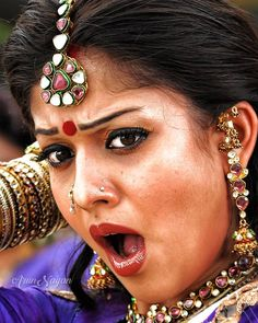 Nayanthara Hairstyle, Saree Hairstyles, Beautiful Girl Indian, Most Beautiful Indian Actress, Cute Beauty, Beauty Full Girl, Indian Actress Images, Beautiful Bollywood Actress, Girl Body