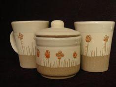 ceramica el cuenco Ceramic Clay, Ceramic Painting, Ceramic Pottery, Carving, Mugs, Tableware, Design Ideas, Simple, Ceramic Teapots