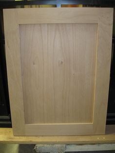 Woodworking Diy How To Build detailed shaker door tutorial.Woodworking Diy How To Build detailed shaker door tutorial Kreg Jig Projects, Diy Wood Projects, Furniture Projects, Diy Furniture, Primitive Furniture, Furniture Removal, Furniture Dolly, Luxury Furniture, Painted Furniture