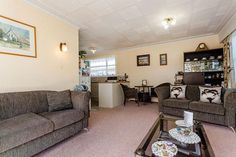 This very tidy unit built in the 1970s is a wonderful opportunity to enter the market at an affordable price.