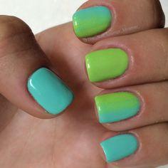 Green ombre nail art design