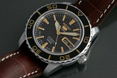 Seiko Seiko 5 Sports Automatic, Automatic Watch, Modern Watches, Vintage Watches, Watches For Men, Watch Your Name, Seiko Mod, Field Watches, Seiko Diver