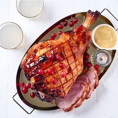 You'll love the proudly South African twist we've added to this ginger beer and cranberry glazed gammon. Healthy Eating Tips, Healthy Nutrition, Cranberry Jam, Family Meals, Family Recipes, Vegetable Drinks, Ginger Beer, Perfect Food