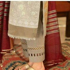 Salwar Designs, Simple Kurti Designs, Kurti Designs Party Wear, Kurti Sleeves Design, Kurta Neck Design, Sleeves Designs For Dresses, Sleeve Designs, Girls Dresses Sewing, Stylish Dresses For Girls