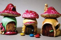 120 Easy And Simply To Try DIY Polymer Clay Fairy Garden Ideas. Polymer clay is a clay like material made from polyvinyl chloride (PVC), plasticizer and pigment. Fairy Crafts, Fun Diy Crafts, Clay Crafts, Sharpie Crafts, Polymer Clay Mushroom, Polymer Clay Fairy, Fairy Tree Houses, Clay Fairy House, Mushroom House